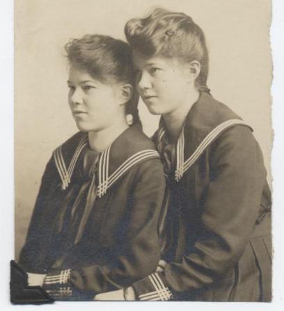 Sailor Twins